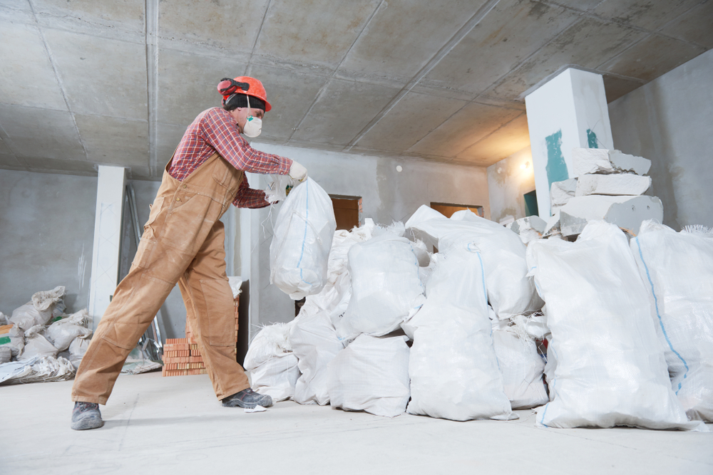 Hiring A Debris Removal & Construction Cleanup Company